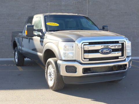 Pre-Owned 2016 Ford Super Duty F-250 SRW XLT 4WD Crew Cab Pickup