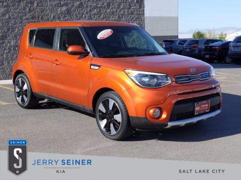 Certified Pre-Owned 2018 Kia Soul + FWD Hatchback